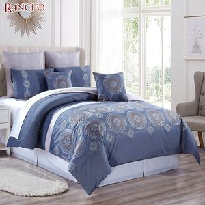 Reliable quality embroidered quilted duvet bedding set