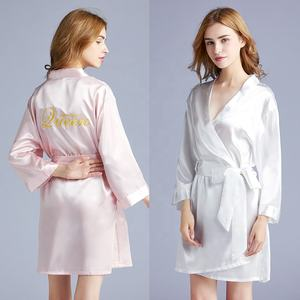Wholesale Embroidery Silk Bride Robe Satin Bridesmaid Queen Robe For Wedding Party