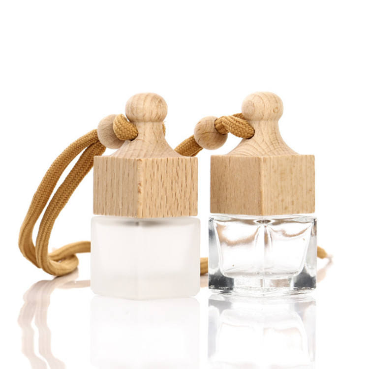 6ml 10ml 3ml Frosted Glass Car Pendant Empty bottle Car Hanging Perfume Bottle Square Wooden Cap Hanging Car Perfume Bottle Pend