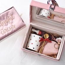 Cocostyles customized handmade luxury velvet mirror box with mug wallet handbag etc gifts for generous bridesmaid gift set