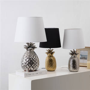 Luxury design gold pineapple shape hotel bedroom decor ceramic modern table lamps