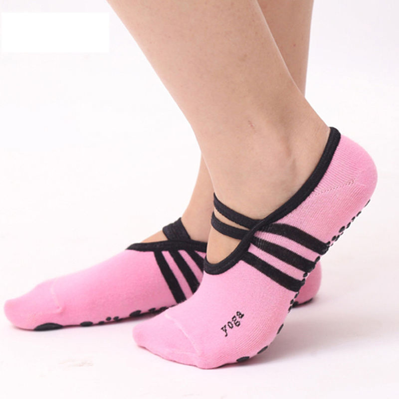 Wholesale Cotton Anti-Slip Soft Silicone Sole Dance Barre Ballet Pilates Custom Women Grip Yoga Socks for women
