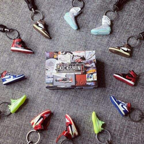 Handcrafted 3d air jordan mini sneaker keychain with Box/Bag Gift Set C858