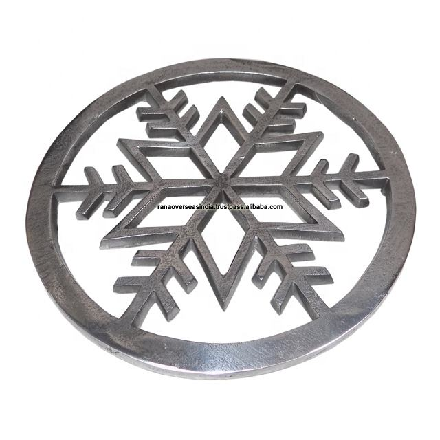 Decorative Metal Trivet for Hot Dishes