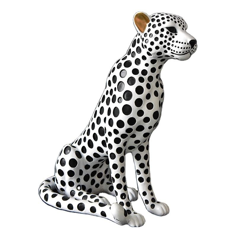 Artificial Spotted Life Size Resin Garden Animals Leopard Sculpture
