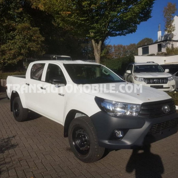Pick-up <span class=keywords><strong>Toyota</strong></span> <span class=keywords><strong>Hilux</strong></span>/REVO Pick up doppia cabina 4X4 rif. 2280