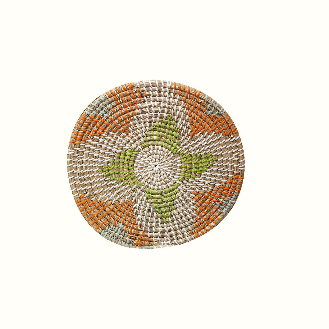 New Arrivals Eco-Friendly Multicolor Adorable Star Round Handmade Rattan Wicker Seagrass Plate Hanging Wall Decor Art