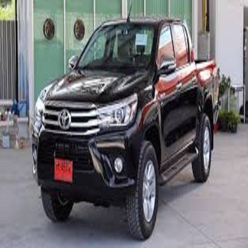 Used Hilux for export .