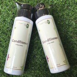 200 ML Herbal Hair Conditioner and Hair Tonic For Hair Loss Treatment from Thailand