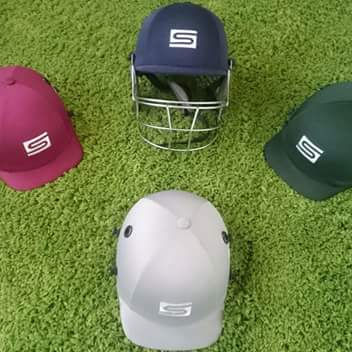 MULTI COLOR CRICKET HELMETS WITH EMBROIDERY LOGO CLUB NAME
