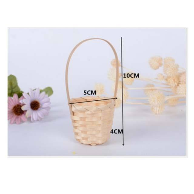 Hand woven small basket round colorful bamboo gift basket Festival storage basket cheapest price made in Vietnam