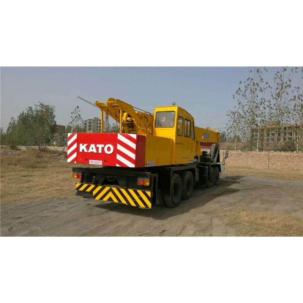 secondhand 25ton original japan kato nk-250 used truck Crane best price