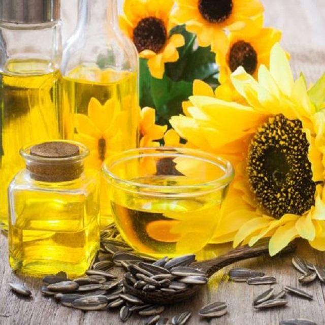 Most refined Sunflower oil best price for pure and 100% natural in stock and containers