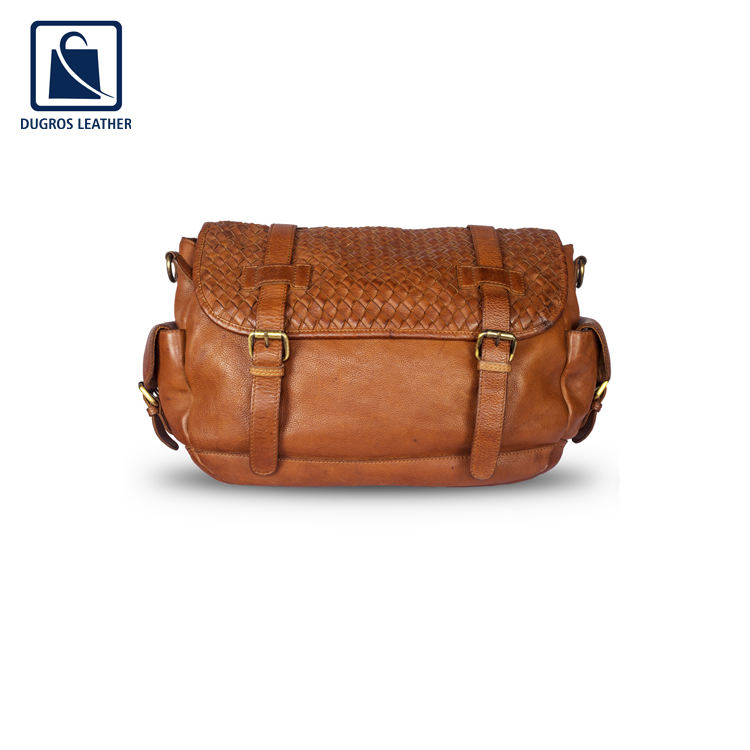 Top Exporter of Men Use Optimum Quality Leather Made Messenger Bag for Universal Customers