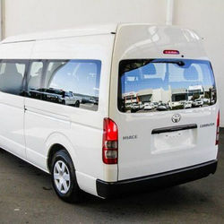 2015 TO YOTA HIACE LHD