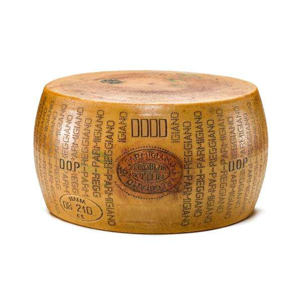 Organic Parmesan Original Parmigian Reggiano Wheel 18 months Italian Round Cheese Wholesale High Quality Certificated