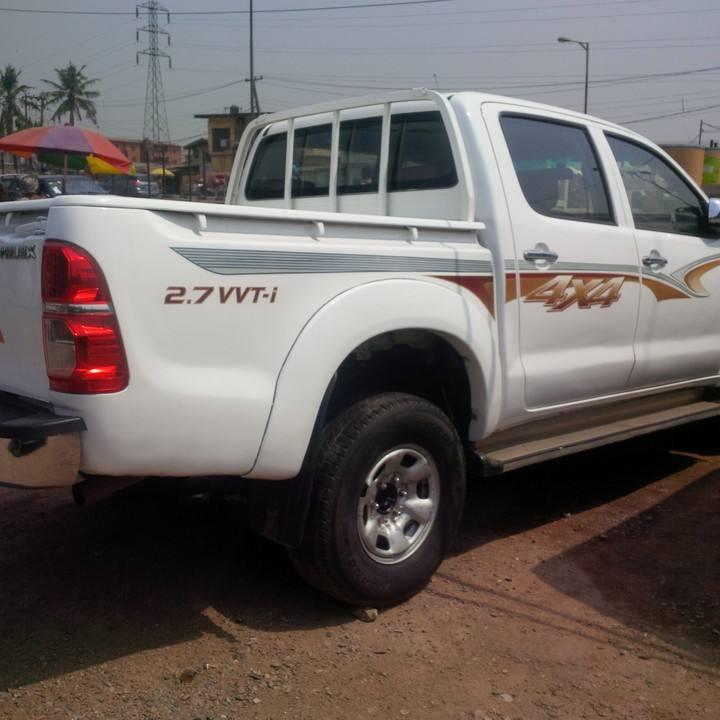 Used Toyota pickup 4x4 diesel double cabin pickup hilux for sale