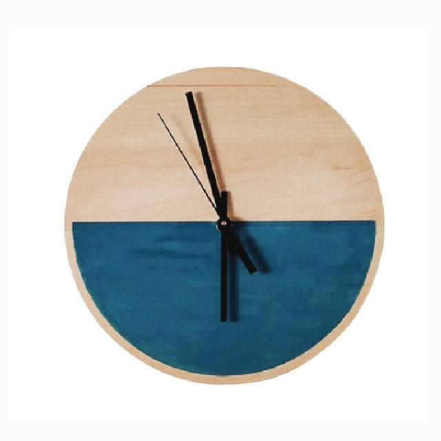Sea surface design wooden desk clock, quartz clock made in Vietnam now on sale