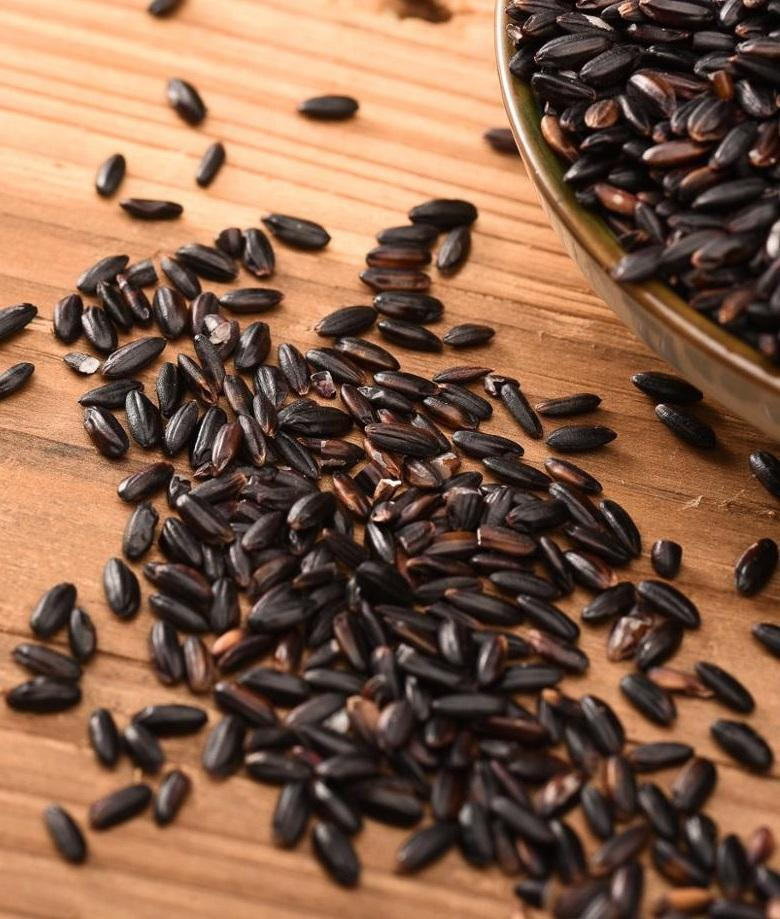 Healthy Black Rice International Standard Organic green food Cereal grains gules black rice