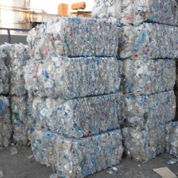Hot Washed 100% Clear PET Bottles Plastic Scrap