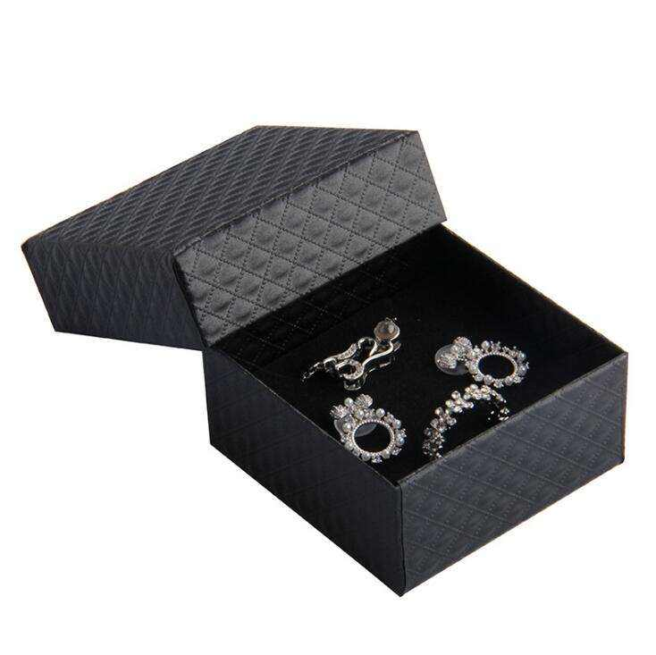 Manufacturer Jewelry Box Diamond Pattern Jewelry Box Custom Earrings Ring Gift Packaging Carton Wholesale