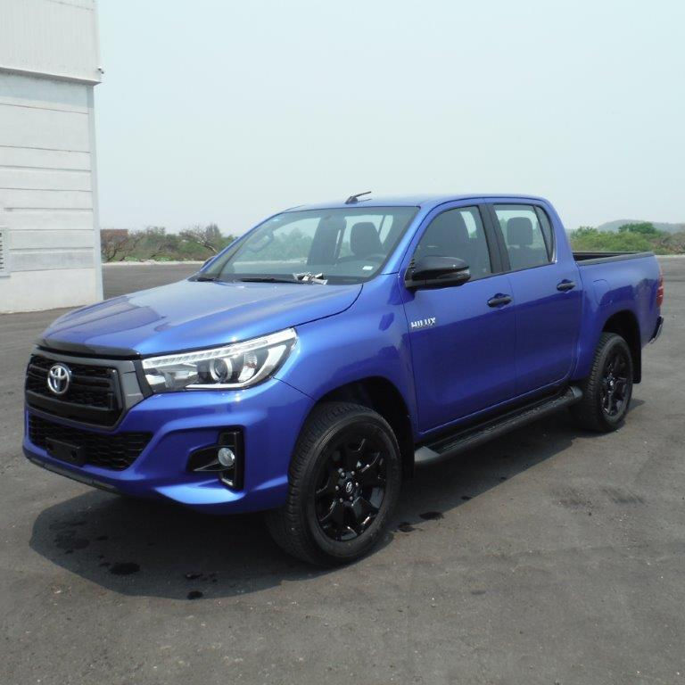 <span class=keywords><strong>Hilux</strong></span> <span class=keywords><strong>diesel</strong></span> pick-up 4x4 disponibile Abbastanza usato camion