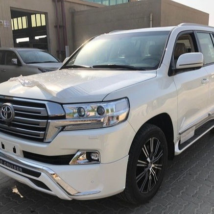 JAHR VERWENDET TOYOTA LAND CRUISER 200 SUPERSPORT VX ZU VERKAUFEN. S V8 4.6 L EXECUTIVE WHITE AUTUMN IN PERFECT CONDITION