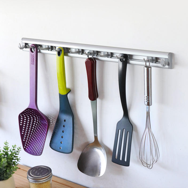 New Design Household Magic Plastic Long Hook Cloths Storage Wall Mounted Movable Kitchen Towels Hook