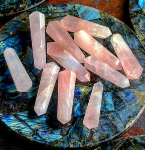 Natural Rose Quartz Double Terminated Wands Pink Raw Rough wholesale Crystal Points Healing wand for decoration crystal Tower