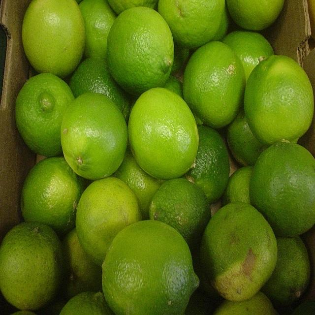 Natural Fresh lime/fresh green lemon, watery and no chemical, best price 2020