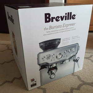 Brevilles BES870BSS Barista Express Coffee Machine