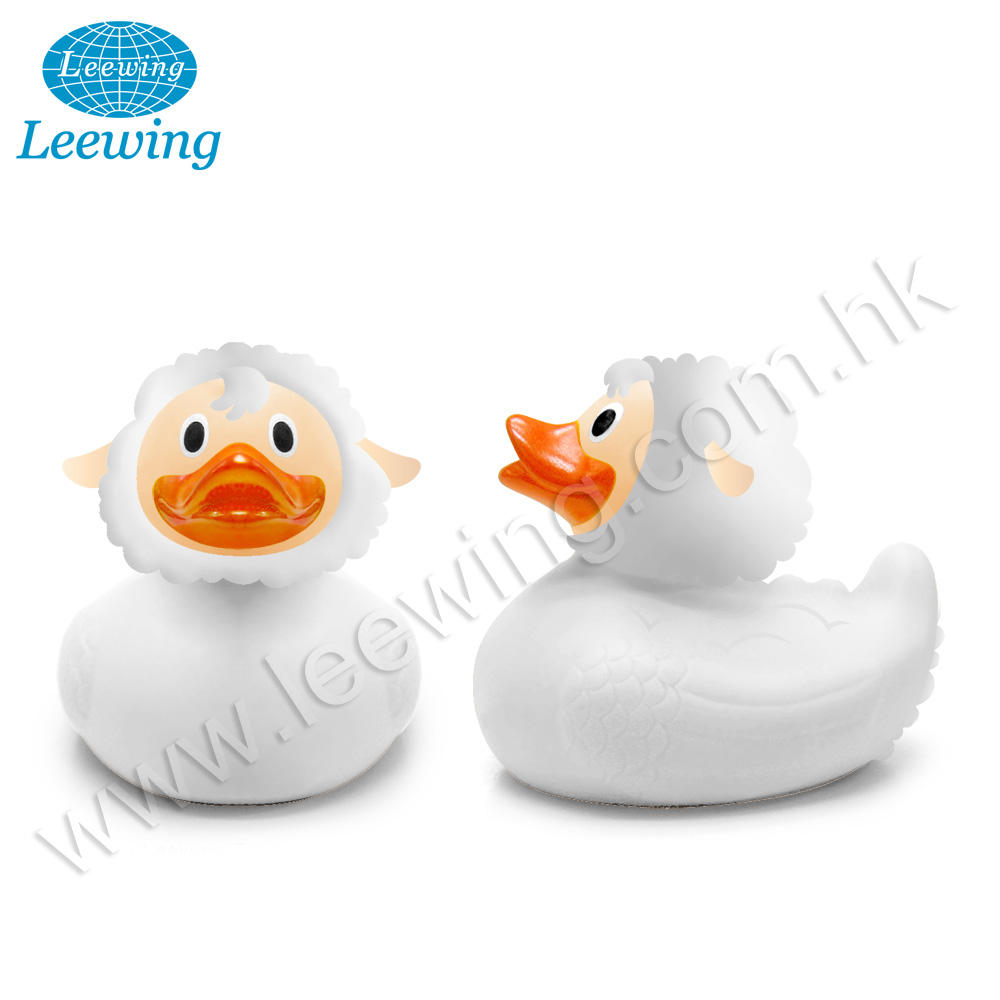 Hot New Children Safe Plastic PVC Phthalate Free Vinyl Squeaky Animal Bath Toys for Kids Sheep Custom Logo Printed Rubber Duck