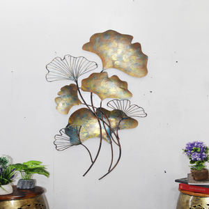 metal wire leaf frame wall art