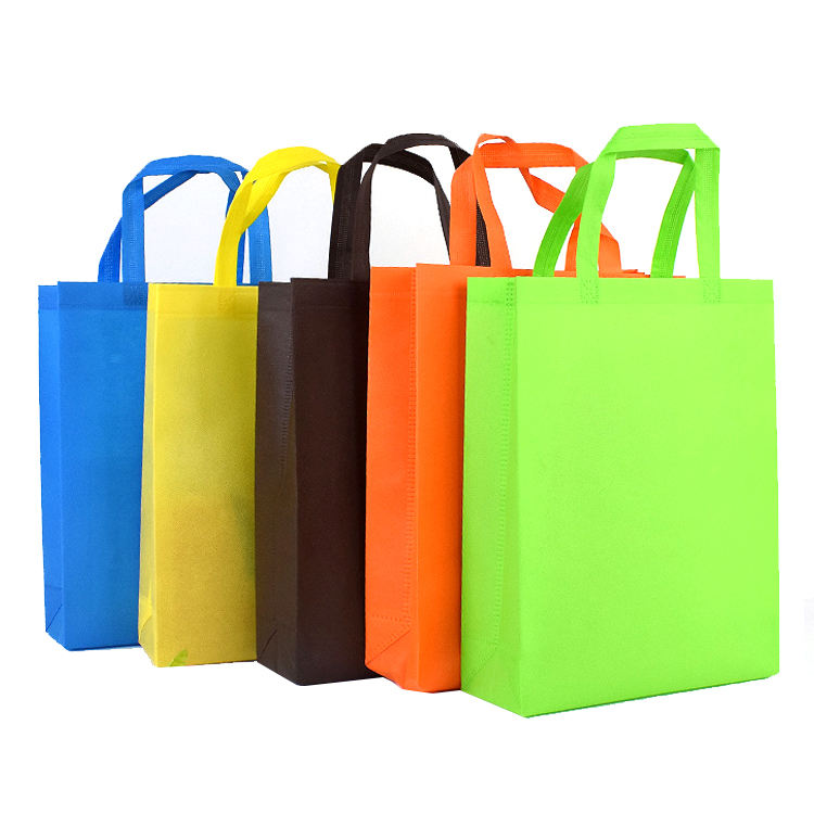 Luxury PP non woven bags wholesale - clothes shopping bags - size 60x80 cm white color - export to Singapore