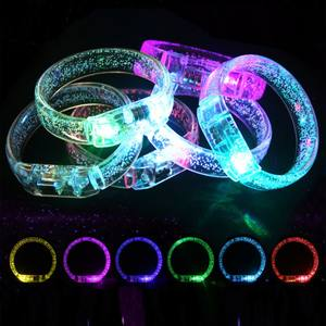 LED-Blitz Armbänder Multicolor Licht Up Blase Armband Glowing Spielzeug für Kinder Stick Party Favors Leucht Armband