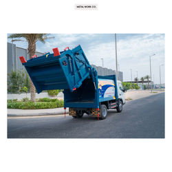 Industrial Grade 10 Cubic Yard Garbage Compactor with Rear Loader