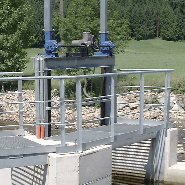 Double Sluice Gate Drives 1290, 5 - 20 t, encapsulated gearbox, for power drive