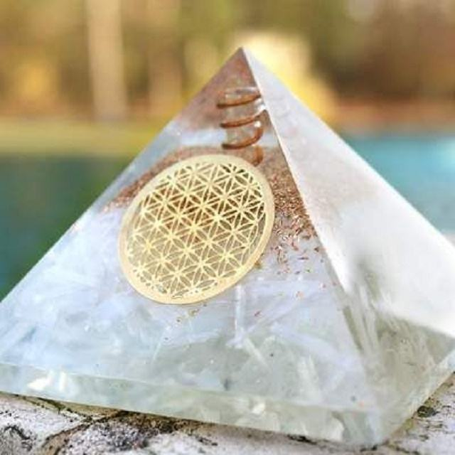 Orgone Selenite With Flower Of Life: wholesale orgonite pyramid