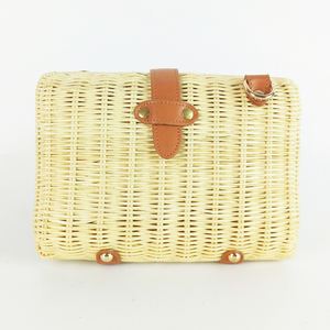 Eco Friendly High Quality Natural New Design Vintage Rattan Handmade Wallet for Lady with strap Vietnam Wicker Rattan Clutch Bag