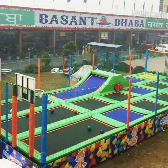 Outdoor Trampoline Park Kids Jumping Arena Amusement Theme Park