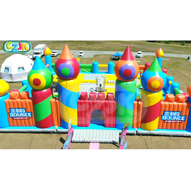 worlds huge biggest inflatable playground bouncy castle bounce house