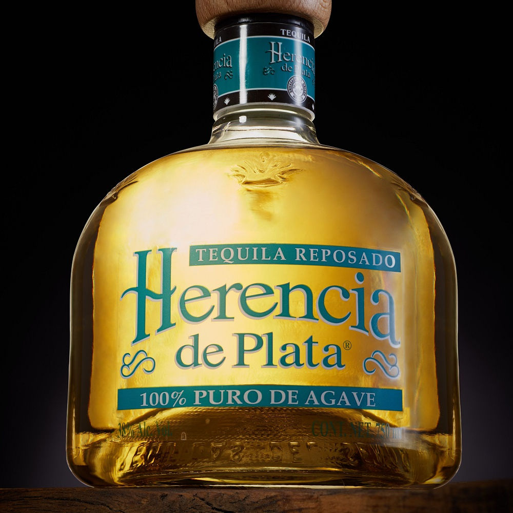 HERENCIA DE PLATA AGED, TEQUILAS DEL SENOR, we are producer since 1943.GOLD MEDAL Tastings International Review of Spirits 2018""