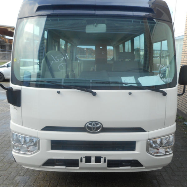Usado <span class=keywords><strong>Toyota</strong></span> <span class=keywords><strong>Coaster</strong></span> 4.2L 30-Seater 2016