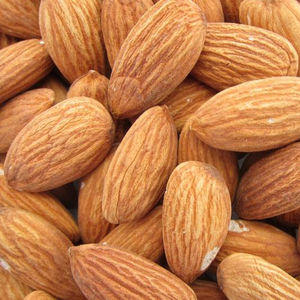 Wholesale price Raw Almonds Available, delicious and healthy Raw Almonds Nuts