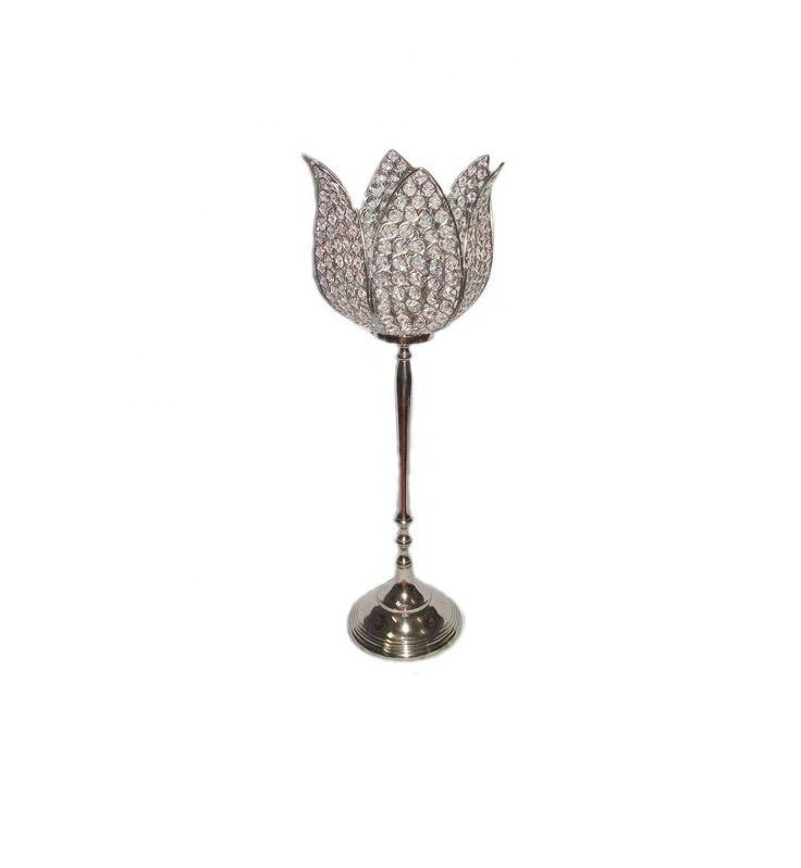 Wholesale tall crystal Flower Centerpiece and tall candle holders for weddings manufacturer