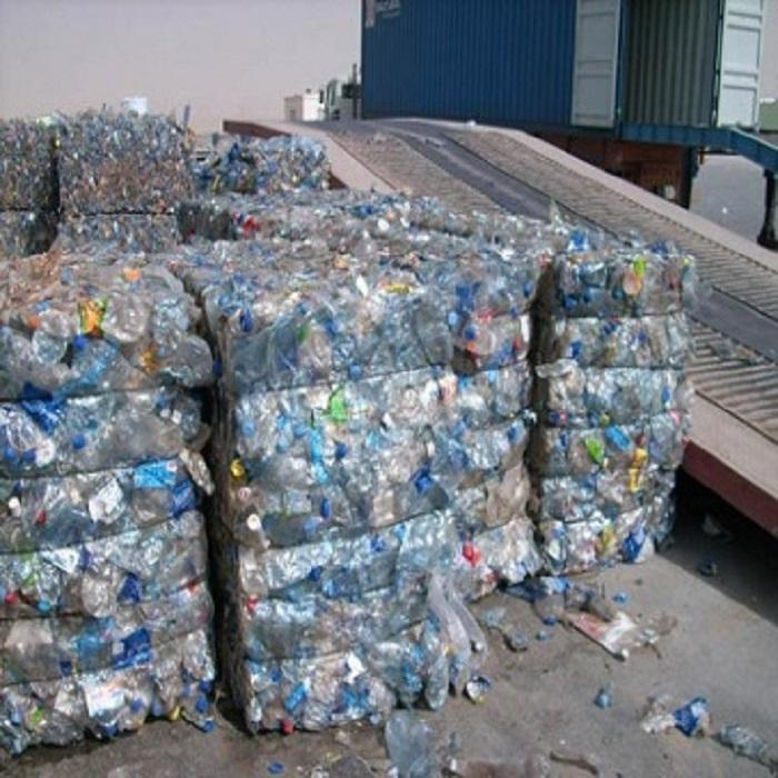 Excellent Grade Recycled PET Flakes/PET Bottles for sale