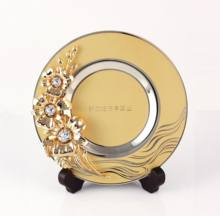 Crystocraft OEM Customised Gold Plated Metal Orchid Plate with Crystals Decorative Corporate Gift