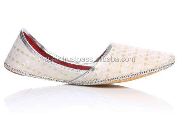 pure leather shoes Black Khussa , White Khussa Style Jutti , Men Khussa Shoes
