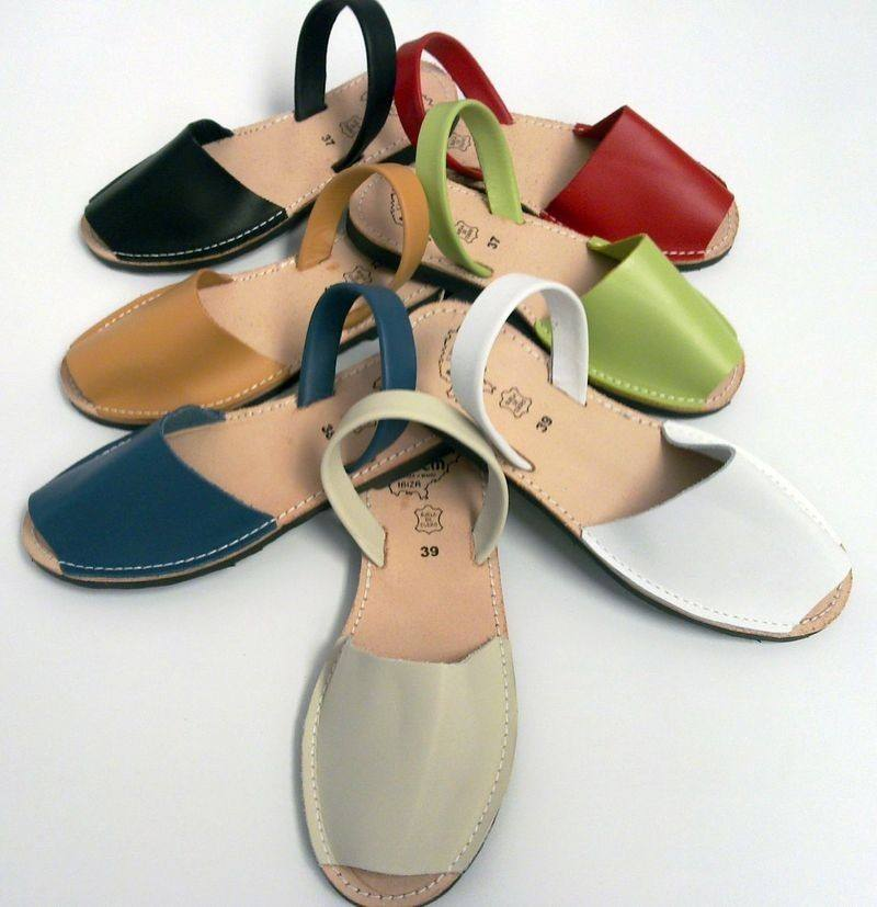 Typical cowhide sandals from Spain and Menorca called Abarcas for Women and Men handmade
