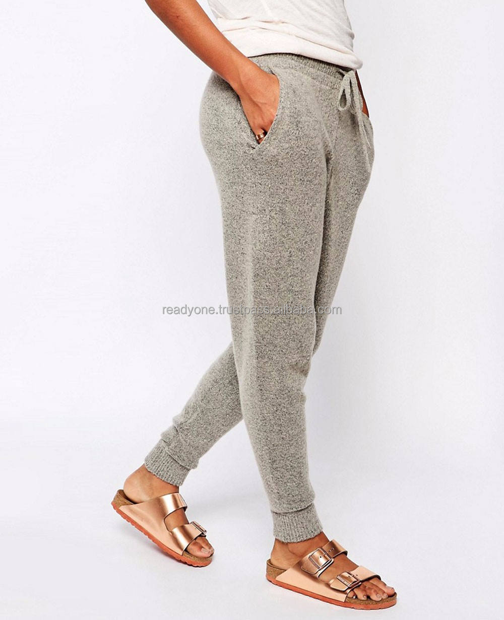 Wholesale fashion women soft jogger sweatpants tapered loose fit joggers